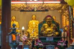 Het standbeeld van Boedha in een Chinese tempel, Bangkok, Thailand Stock Foto