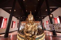 Het standbeeld van Boedha in een kerk Royalty-vrije Stock Afbeeldingen
