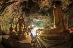 Het standbeeld van Boedha in Krasae-hol, Thailand Stock Afbeelding