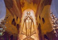 Het standbeeld van Boedha in pagode in Bagan, Myanmar Stock Afbeeldingen