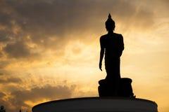 Het standbeeld van Boedha, silhouet royalty-vrije stock afbeeldingen