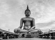 Het standbeeld van Boedha in Thailand Stock Foto