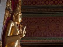 Het standbeeld van Boedha van Wat Phra Pathom Chedi Stock Foto