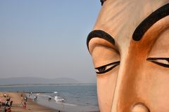 Het Standbeeld van Boedha in Vishakhpatnam royalty-vrije stock foto's