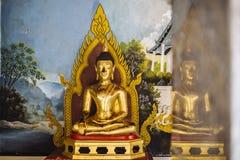 Het standbeeld van Boedha in Wat Phrathat Doi Suthep Royalty-vrije Stock Foto's