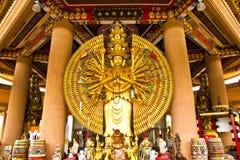 Het standbeeld van de handenBoedha van het tienduizend Royalty-vrije Stock Afbeeldingen