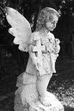 Het standbeeld van de kindengel Stock Afbeelding