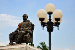 Het Standbeeld van de koning chulalongkorn Royalty-vrije Stock Afbeeldingen