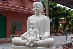 Het standbeeld van de moeder en van de Zon Royalty-vrije Stock Afbeeldingen