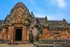 Het standbeeld van de slang in het oude kasteel van Phanom Roonk Stock Foto