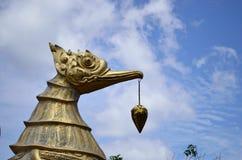 Het standbeeld van de vogel Royalty-vrije Stock Afbeeldingen