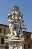 Het Standbeeld van deiputti van La Fontana, Pisa Royalty-vrije Stock Foto