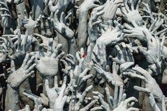Het Standbeeld van handen van Hel in Wat Rong Khun Royalty-vrije Stock Afbeeldingen