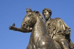 Het standbeeld van het brons van marco Aurelio Stock Afbeeldingen