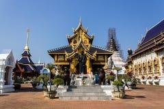 Het standbeeld van Htuang van Khuba in Wat Banden Royalty-vrije Stock Foto
