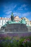 Het standbeeld van januari Hus in Praag Stock Foto