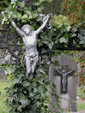 Het standbeeld van Jesus op begraafplaats Stock Afbeelding