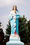 Het standbeeld van Maagdelijke Mary en baby Jesus Christ stock afbeeldingen