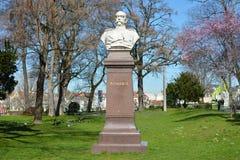 Het standbeeld van het mislukkingsmonument van politicus Otto von Bismarck in het stadscentrum van Heidelberg royalty-vrije stock foto's