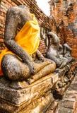Het standbeeld van ruïnesboedha Stock Afbeeldingen