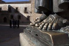 Het standbeeld van San Pedro de Alcantara bij de kathedraal van Caceres St Marys Royalty-vrije Stock Afbeelding