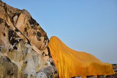 Het standbeeld van slaapboedha in historisch park, Thailand Royalty-vrije Stock Foto