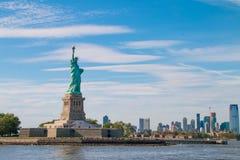 Het Standbeeld van Vrijheid in de Haven van New York Royalty-vrije Stock Fotografie