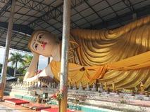 Het Standbeeldbeeldhouwwerk van close-up Birmaans Boedha, Wat Thaiwattanaram, Mae Royalty-vrije Stock Foto