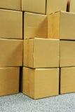 Het stapelen van dozen voor verpakking royalty-vrije stock foto