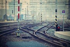 Het station en de sporen Brno Tsjechische Republiek Centrale post Koln, Duitsland in 2013/05 Stock Fotografie