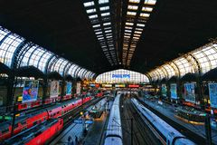 Het station van Hamburg Hauptbahnhof royalty-vrije stock afbeelding