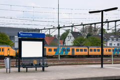 Het station van Maastricht, Interlokale trein op het platform, Nederland Royalty-vrije Stock Foto