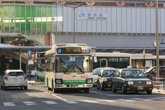 Het station van Nara met bussen en verkeer royalty-vrije stock afbeeldingen
