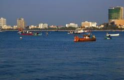 Het stedelijke landschap van de zeekust. Royalty-vrije Stock Afbeeldingen