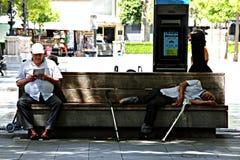 Het stedelijke leven 39 - Oudsten openlucht Stock Foto
