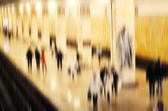 Het stedelijke van de bedrijfs scène abstracte stad mensen lopen Stock Afbeeldingen