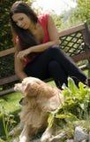 Het stellen met de hond Royalty-vrije Stock Foto