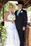 Het Stellen van de bruid en van de Bruidegom royalty-vrije stock afbeelding