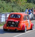 Het stemmen van Fiat 500 in het ras van Scala Piccada Stock Foto's