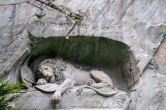 Het sterven leeuwmonument in Luzerne, het Beroemde oriëntatiepunt van Zwitserland stock afbeelding