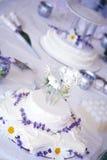 Het Stilleven van de Cake van het huwelijk royalty-vrije stock afbeelding