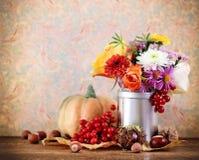 Het stilleven van de herfst met pompoen Royalty-vrije Stock Foto