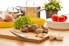 Het stilleven van de keuken, voorbereiding voor het koken Royalty-vrije Stock Afbeelding