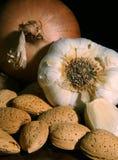 Het stilleven van de ui en van het knoflook Stock Foto