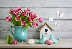 Het stilleven van Pasen met eieren royalty-vrije stock fotografie