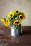 Het Stilleven van zonnebloemen stock afbeeldingen