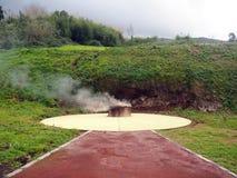 Het stomen van gat, Caldeiras, de Azoren stock fotografie