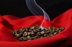 Het stomen van koffie Stock Foto