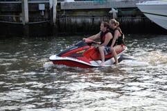 Het straal ski?en op de Cherepeake-Baai in Annapolis, Maryland royalty-vrije stock fotografie