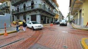 Het straatleven in de Oude Stad van Stadspanama stock footage
